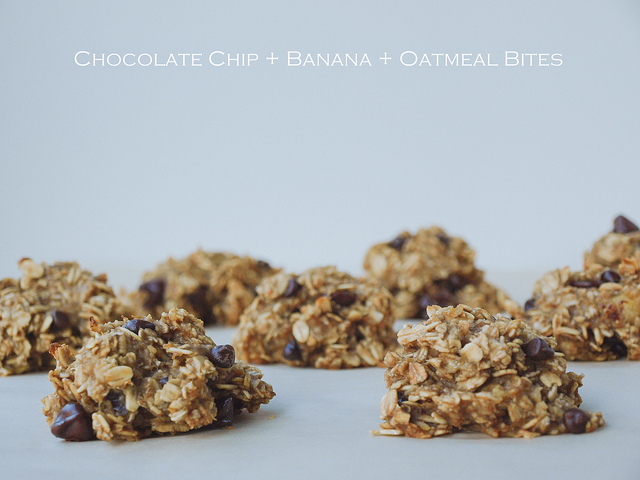 Chocolate Chip + Banana + Oatmeal Bites (4 Ingredients)